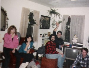 Karen & Lynn & Mike Davidson (waving) Dec. 1984