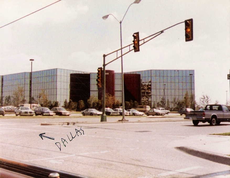 (6) We didn't have cool looking mirrored bldgs. in Buffalo...