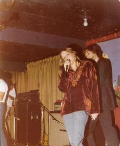 KIm Watts - Lead Vocals, Harmonica & Percussion - Mc Van's November 22, 1978