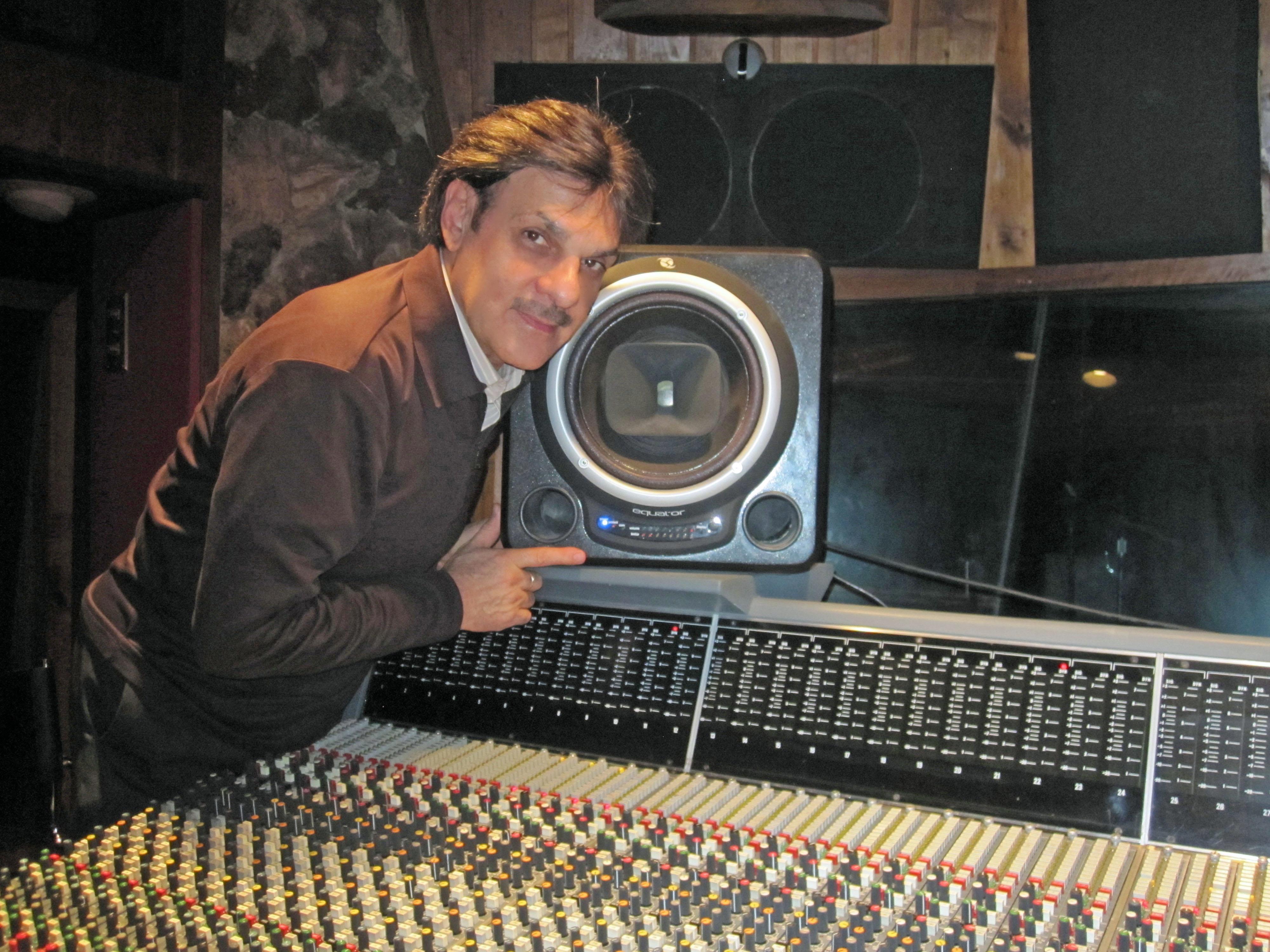 Elton Ahi of RUSK studios