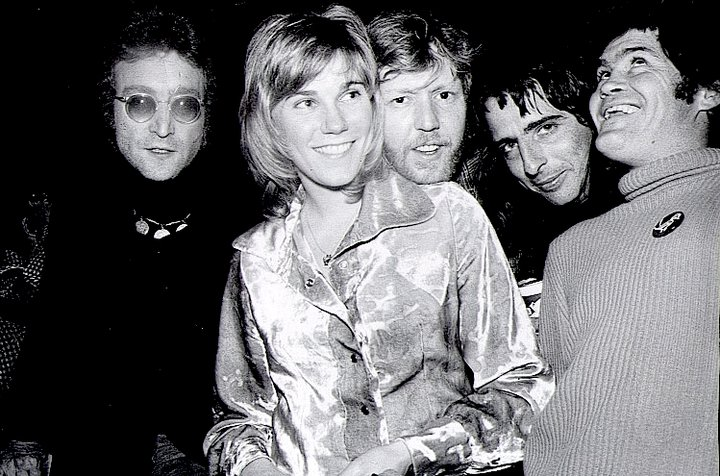 Celebs gather at the Troubadour to see Parousia? - l to r- John Lennon, Anne Murray, Harry Niilson, Alice Cooper, and Mickey Dolenz