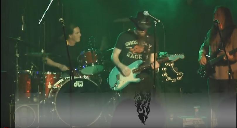 Performing at the Live Bar in Greenville, North Carolina – Sat. January 26, 2013.