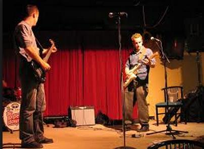 Filthy Rich Kids – Live on the Cooperage Hall stage 2004